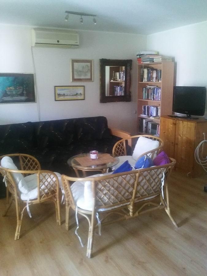 Kuća na 4. julu k_1001