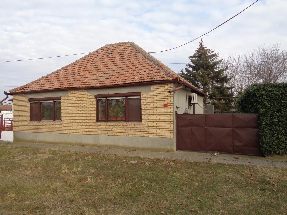 Kuća u Melencima k_1035