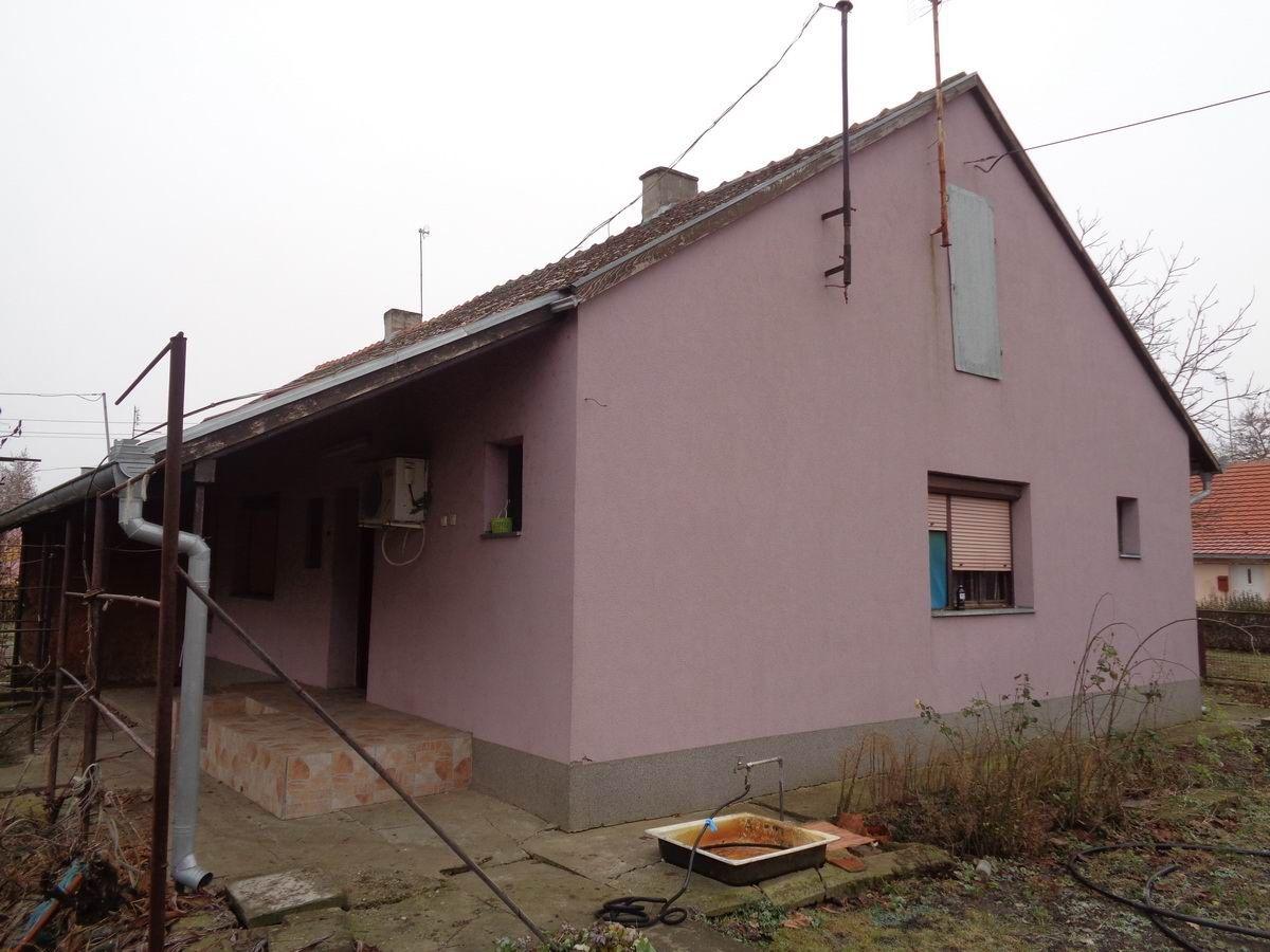 Kuća u Zlatici k_1042