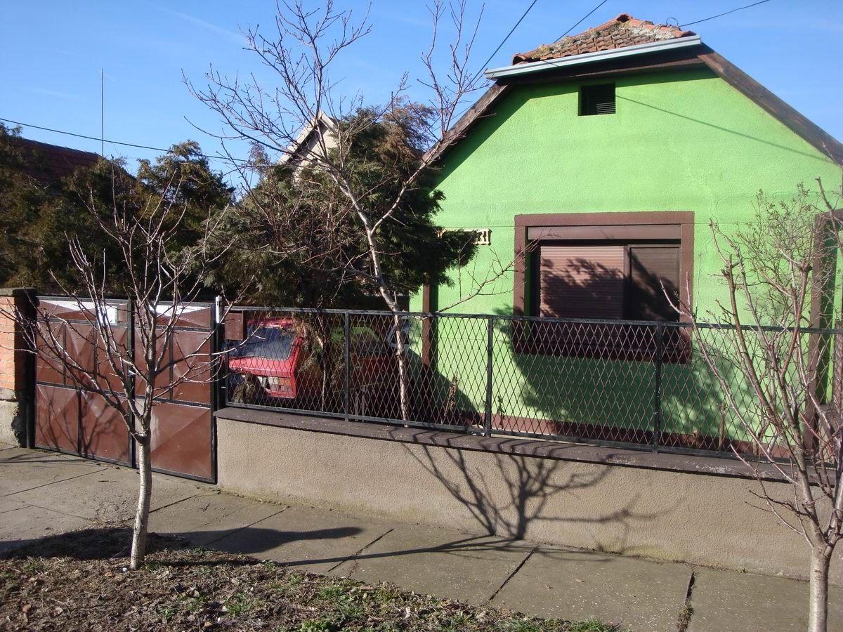 Kuća na Zelenom Polju k_1046