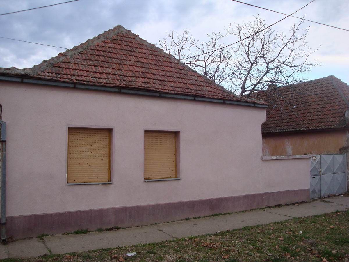 Kuća za rušenje u Centru grada k_1084