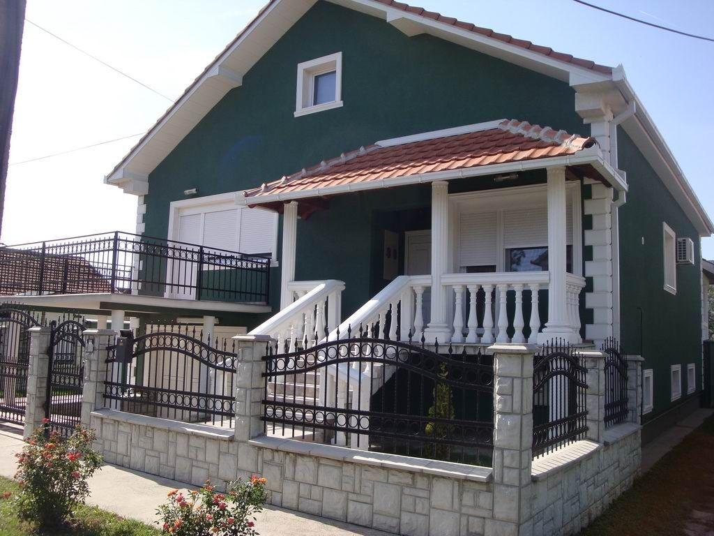 Kuća na Zelenom polju k_0479