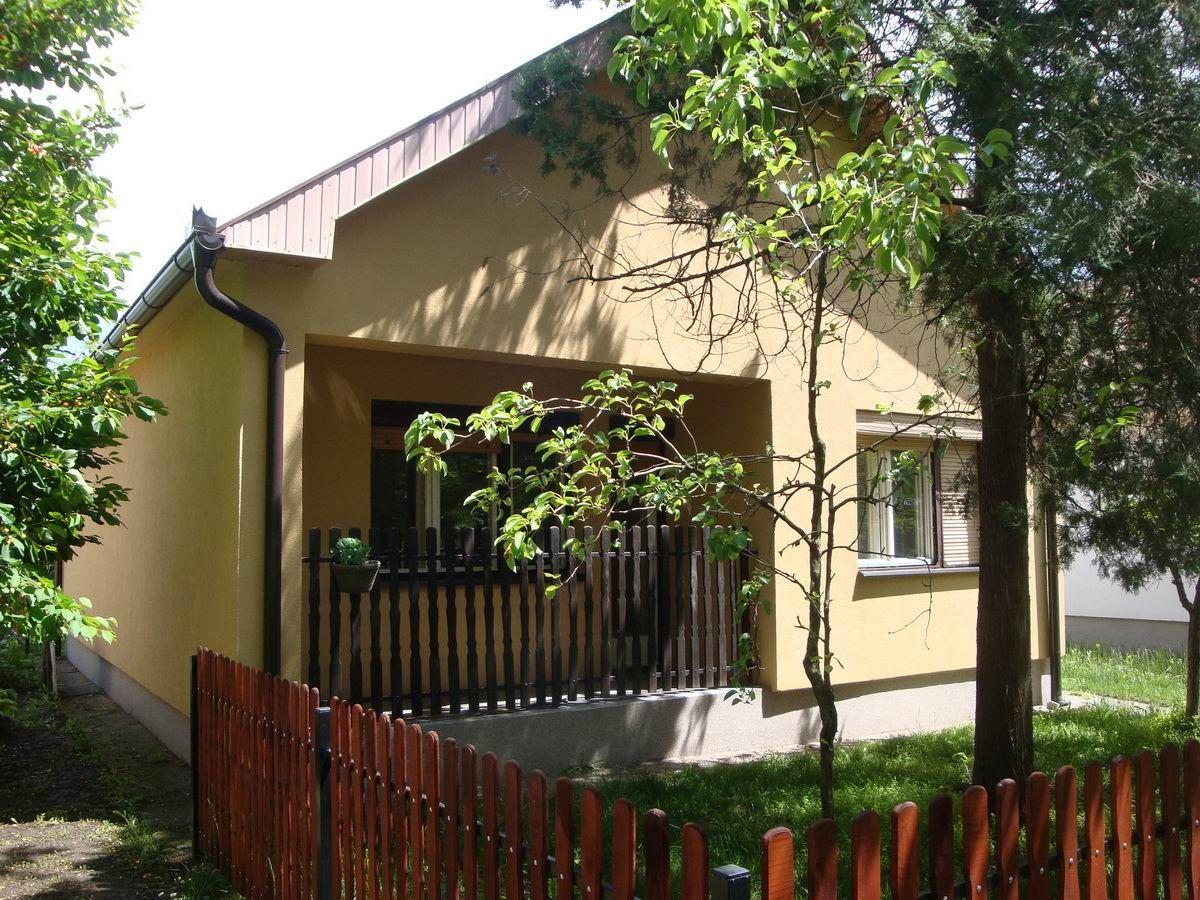 Kuća u Zlatici k_1114