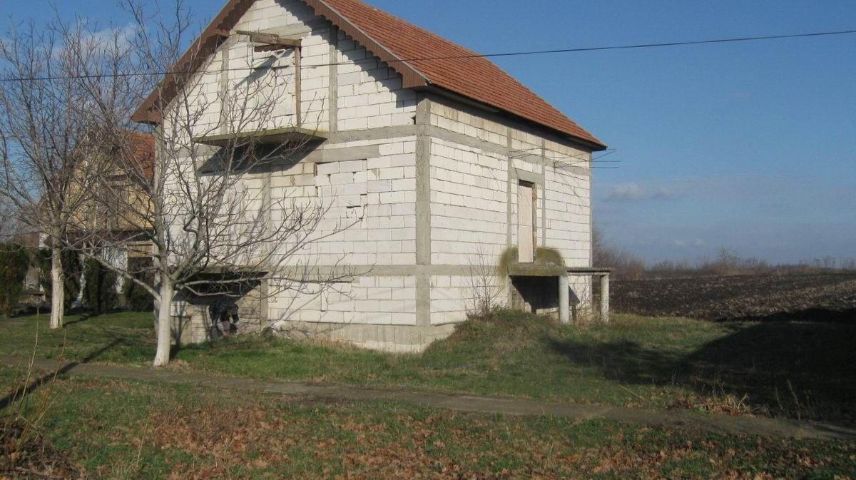 Kuća u Ečki k_1118