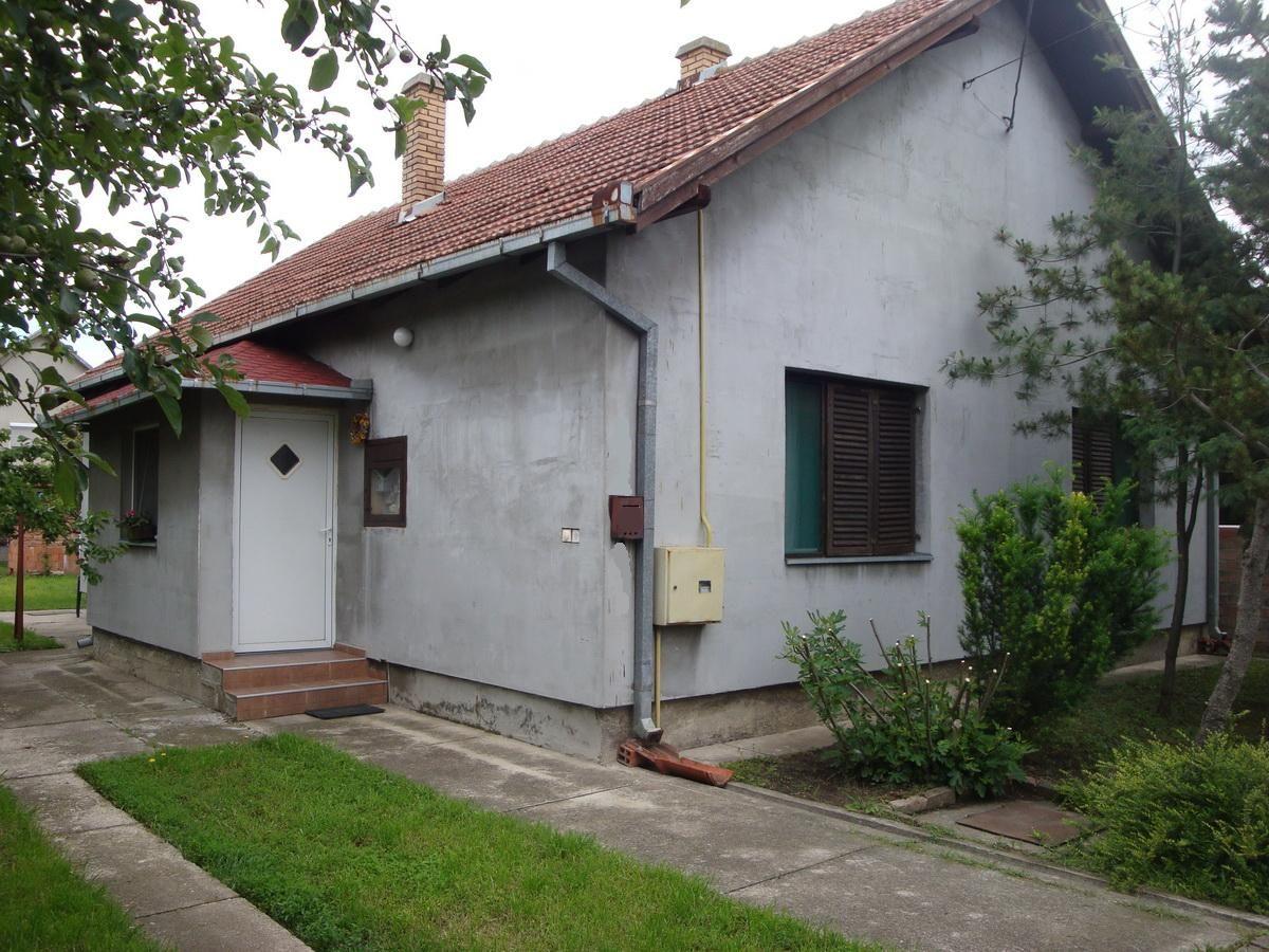 Kuća na Zelenom Polju k_1119