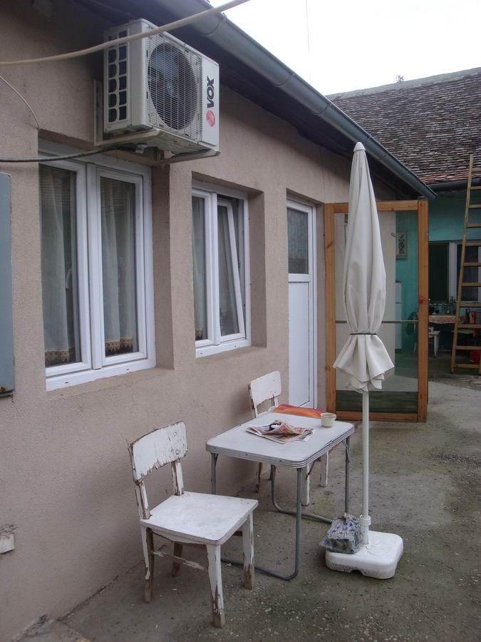 Dvorišni stan u naselju Brigadira Ristića s_697