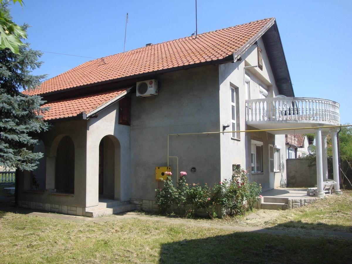 Kuća u Ečki k_1126