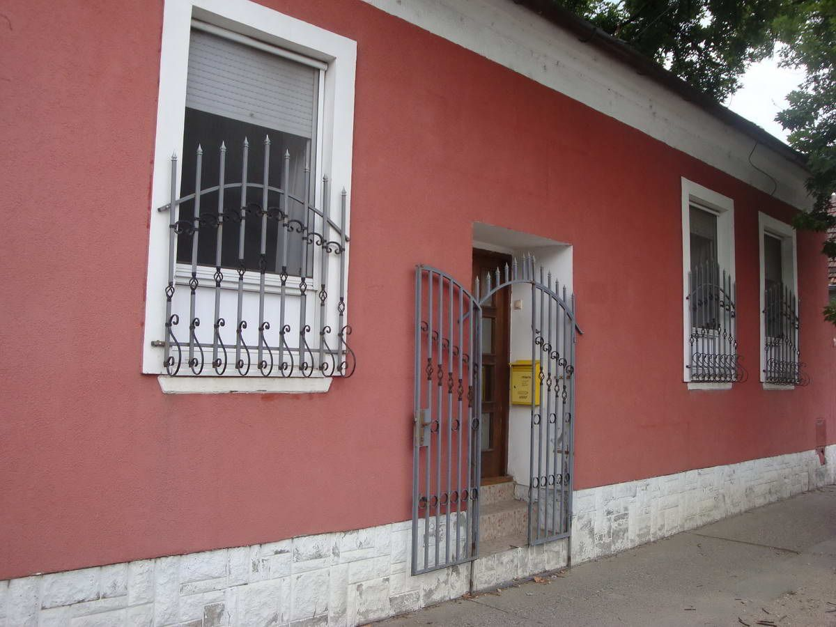 Dvorišna kuća u centru K_1140
