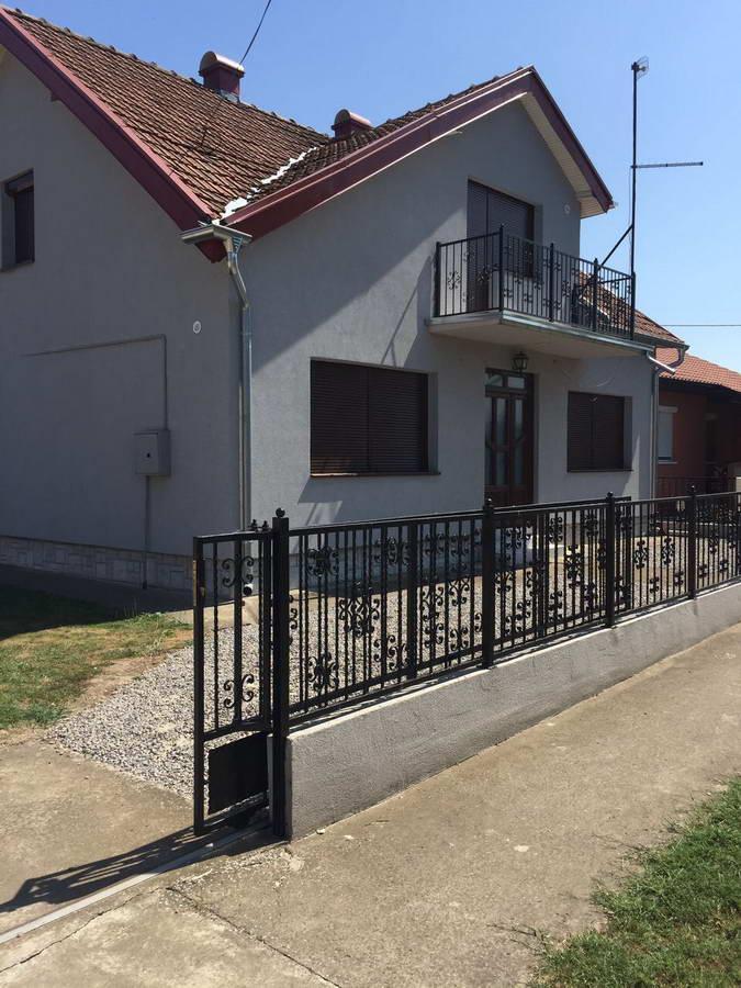 Kuća u Botošu k_1151
