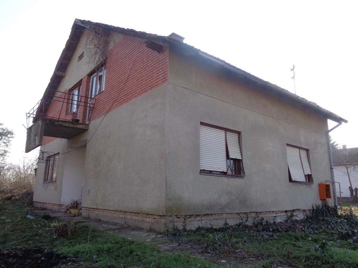 Kuća u Ečki k_1214
