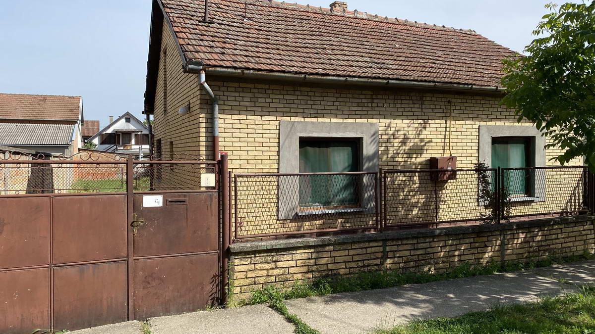 Kuća na Zelenom polju k_1241
