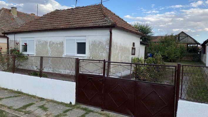 Kuća na Zelenom Polju k_1286