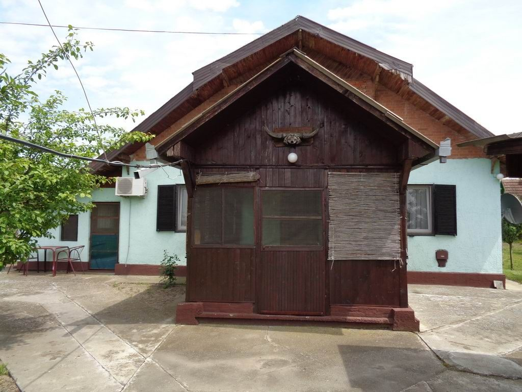 Vikend kuća na Tiganjici v_026