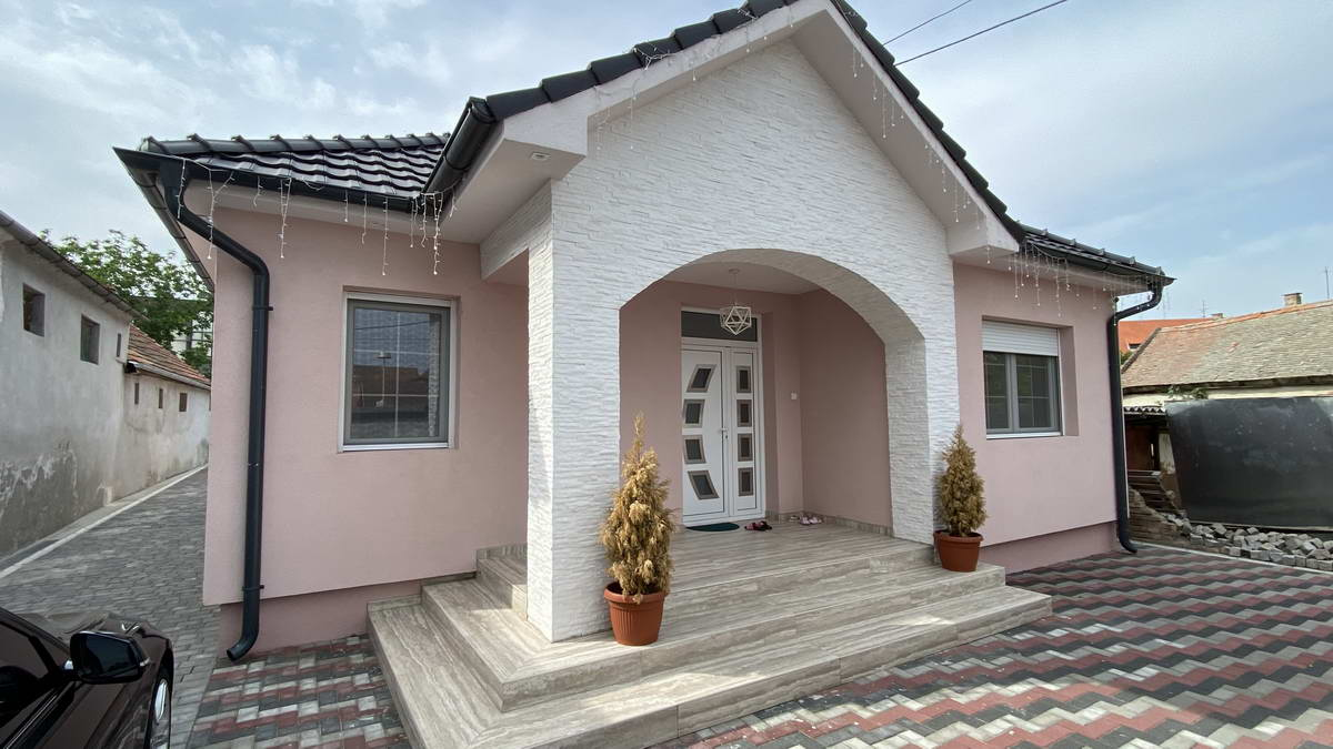 Kuća u Centru grada k_1364