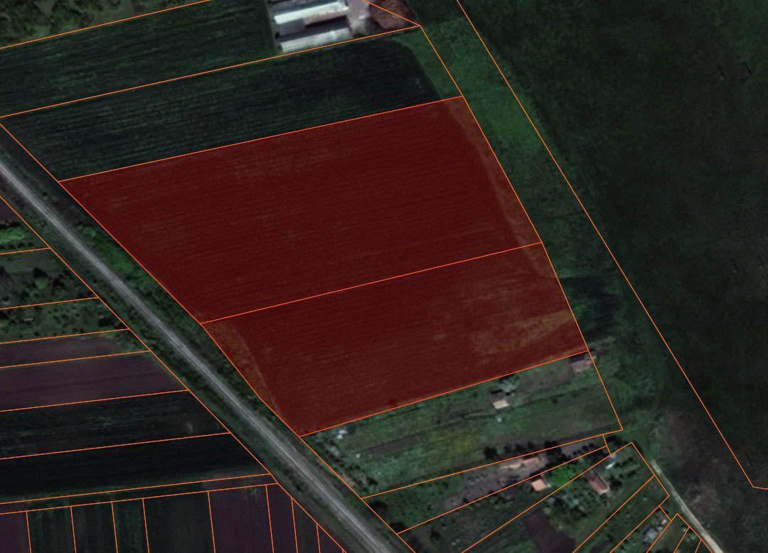Poljoprivredno zemljište u blizini grada p_111